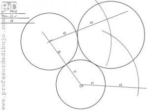 Trazar tres circunferencias tangentes, conocidos sus radios.